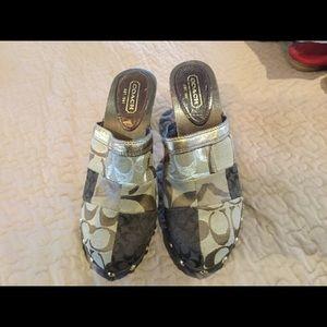 Size 8 coach clogs